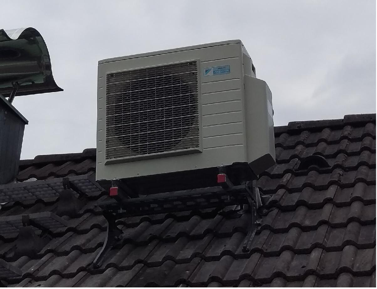 Montagekit f r klima au enger t auf dachtritt Markisen auf dach montage